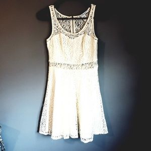 Sweetheart Top Lace Dress